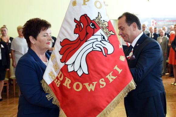 Sztandar Powiatu Aleksandrowskiego został nadany