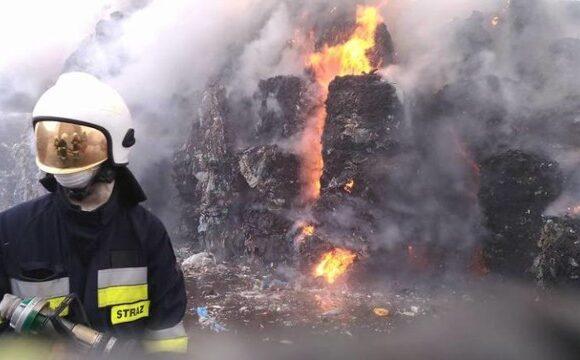 Pożar na składowisku śmieci